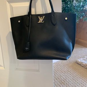 Louis Vuitton Lockmego tote bag